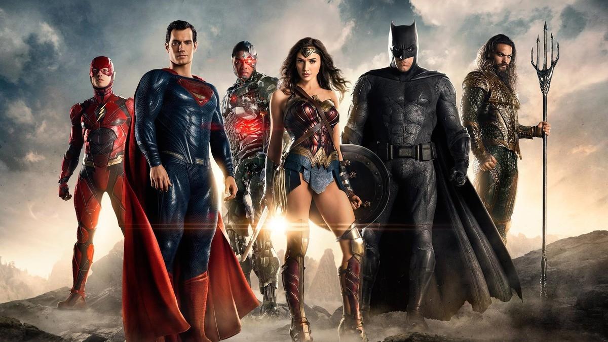 Чем киновселенная DC круче чем Marvel?
